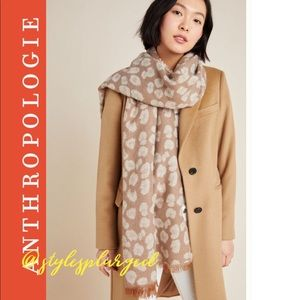 NWT ANTHRO Reversible Cozy Leopard Scarf